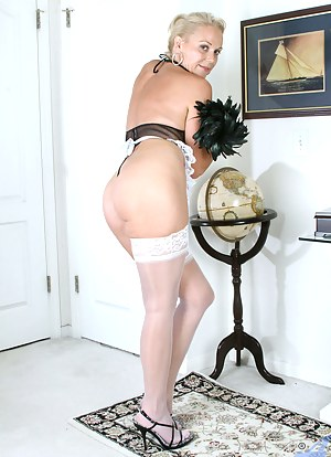 Moms Maid Porn Pictures